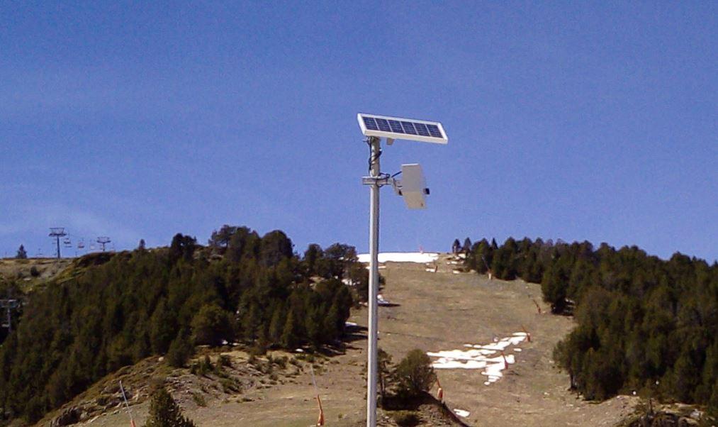 Protección contra clima adverso y carga solar